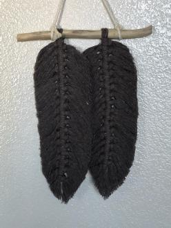 macrame feathers two black